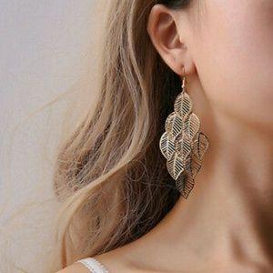 Golden Boho/Ethnic hook earrings